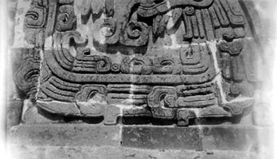 Relieve en un edificio de Xochicalco, detalle