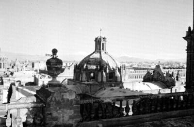 Cúpula, boveda y balaustradas de la Catedral, detalle