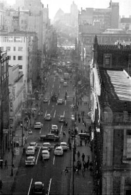 Edificios y avenidas en la ciudad de México, panorámica