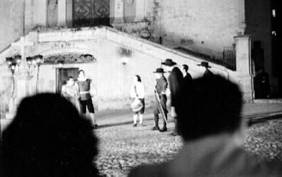 Actores representan obra teatral durante festival Cervantino