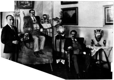 Salvador Díaz Mirón posando para un pintor, retrato