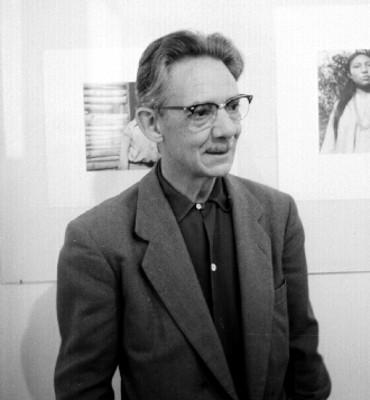Manuel Alvarez Bravo durante una sesión de fotografía