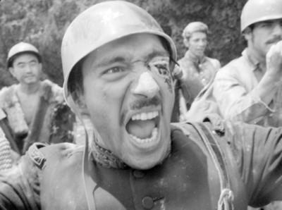 Escena de Los Hombres Cultos, still de la película