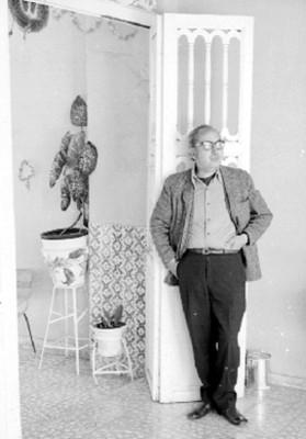 José Chávez Morado en una Sala, Retrato