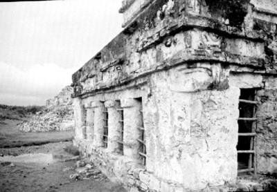 Templo de los Frescos, vista parcial