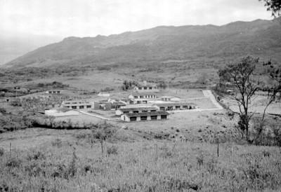Escuela y alrededores en una region lacandona, panorámica