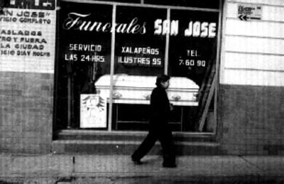 Funerales San José, fachada, vista parcial