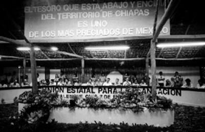 Miguel de la Madrid preside la reunión Estatal para la planeación, durante su campaña