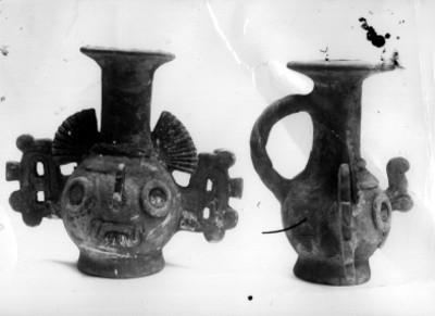 Jarras de Tlalóc, frente y perfil