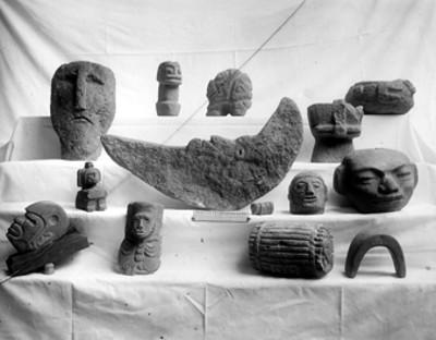 Esculturas procedentes de la costa del Golfo y del Occidente
