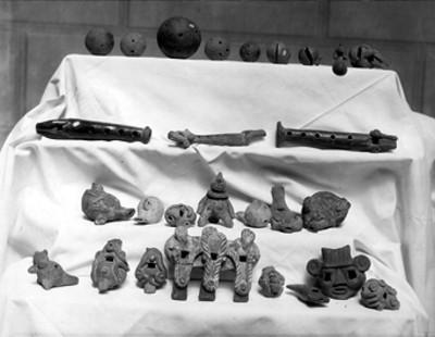 Instrumentos musicales prehispánicos, lote