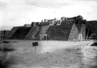 Pirámide de Teopanzolco, vista frontal