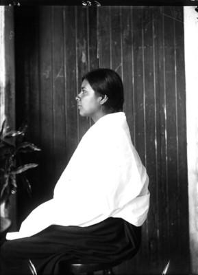 Mujer purépecha, retrato