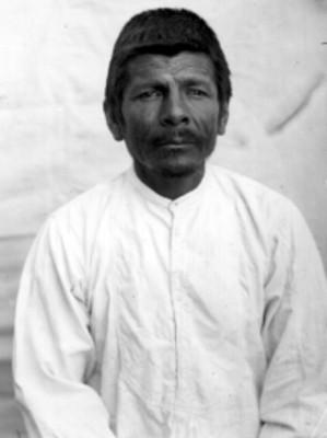 Hombre nahua de fente, retrato