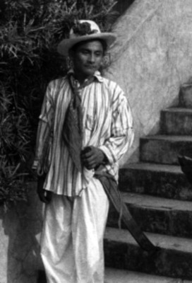 Joven indígena