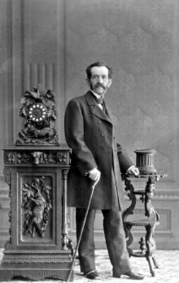 Retrato de un hombre con bastón