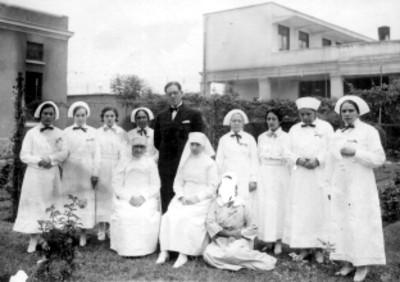 Enfermeras del Hospital Francés, retrato de grupo