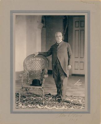 Luis Torres, retrato