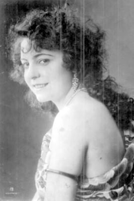 María Conesa, retrato