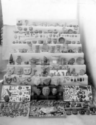 Cerámica y arte lapidario prehispánico, lote