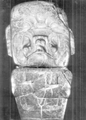 Escultura olmeca con rasgos antropomorfos y zoomorfos