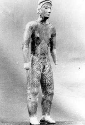Figura antropomorfa masculina