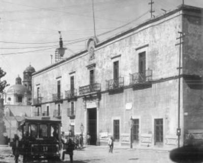Casa del Corregidor Miguel Domínguez, fachada