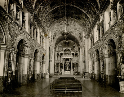 Vista del interior de la Iglesia de Santo Domingo