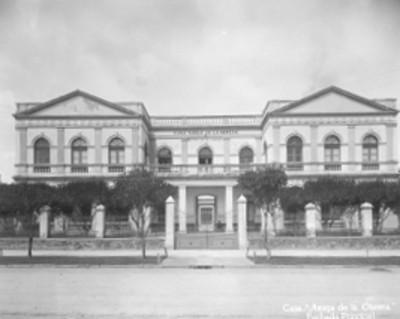 Casa Amiga de la obrera, fachada principal