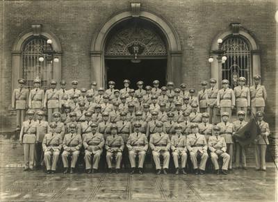 Personal del resguardo de la aduana del puerto de Tampico, retrato de grupo