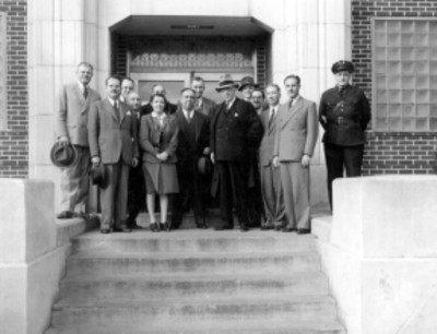 Franklin D. Roosvelt, el Ingeniero Efraín Buenrostro con acompañantes, retrato de grupo