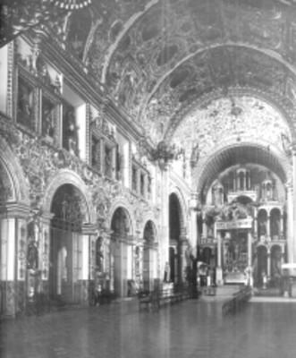 Nave principal de la Iglesia de Santo Domingo, vista interior