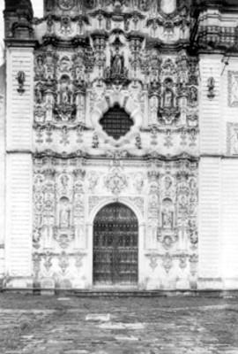 Portada de la Iglesia de San Francisco Javier