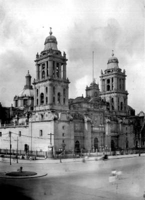 Fachada de la Catedral Metropolitana, vista