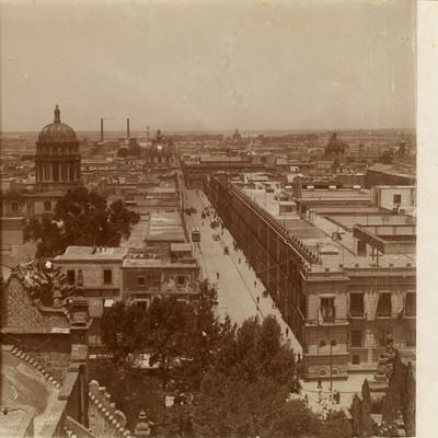 Calle y alrededores de la ciudad, paisaje