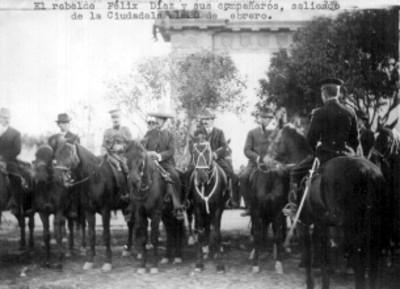 Félix Díaz, acompañado de sus aliados en la ciudadela