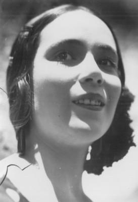 Dolores del Rio, retrato