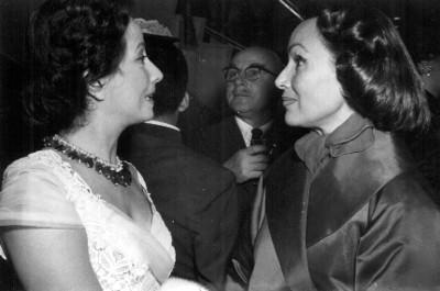 """""""Dolores del Río"""", actriz, retrato de tres cuartos de perfil"""