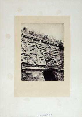 """Puerta"""" """"del Palacio del Gobernador Uxmal"""