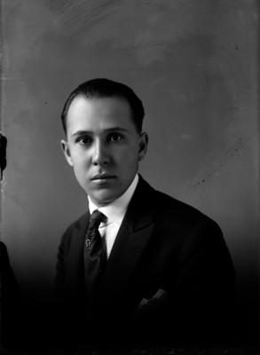 Garza, general, ayudante de Alvaro Obregón, retrato