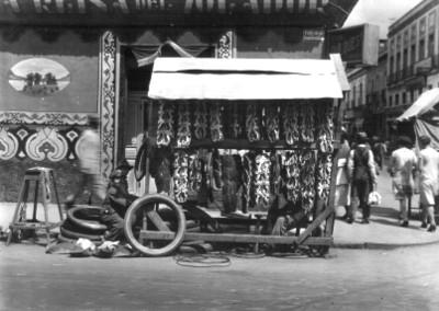 Puesto de guaraches en calle Universidad, ciudad de México