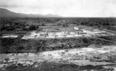 Basamento de conjunto arquitectónico teotihuacano