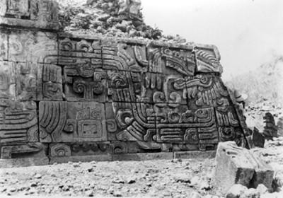 Trabajos de restauración en la Pirámide de las Serpientes Emplumadas, Xochicalco