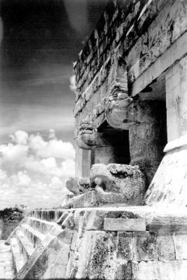 Portico del Templo de los Jaguares, Chichén Itzá