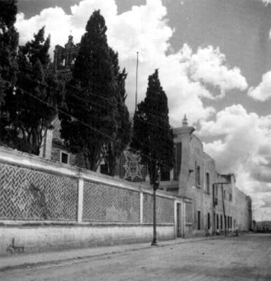 Detalle de la barda atrial del Convento e Iglesia del Carmen, Puebla