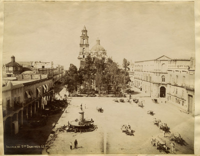 """""""Iglesia de Sto. Domingo"""", exterior, vista parcial"""