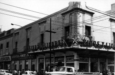 Edificio en la esquina de Corregidora y Jesús María, ciudad de México