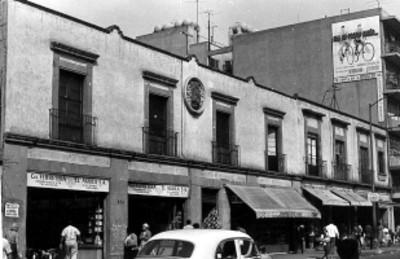 Edificio marcado con el número 76, Corregidora, ciudad de México