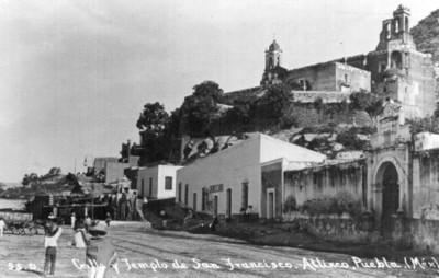 """""""Calle y templo de San Francisco. Atlixco, Puebla. (Méx)"""", tarjeta postal"""