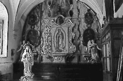 Altar dedicado a la Virgen de Guadalupe